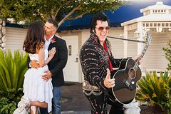 Elvis Themed Weddings and Renewals at the World Famous Graceland Wedding Chapel
