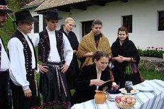 Actividades,Activities,Actividades acuáticas,Water activities,Especiales,Specials,Excursión a Szentendre,Excursion to Szentendre