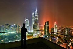 Imagen Private Half-Day Kuala Lumpur Photographic Tour Including Tickets to Petronas Twin Towers and KL Tower