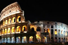Sunday Moonlight Tour of the Colosseum and Ancient Rome