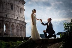 Honeymooners Rome Tour with Professional Photographer and Driver