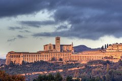 Religious Tuscany and Umbria Shore Excursion from Civitavecchia Port