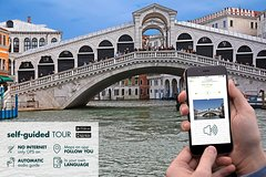Self guided tour on Grand Canal