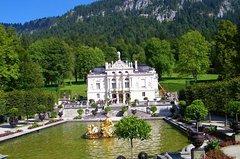 Excursión con noche en los castillos reales: Linderhof, Hohenschwangau y Neuschwanstein