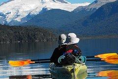 Imagen Excursión de medio día en kayak por el lago Gutiérrez desde Bariloche