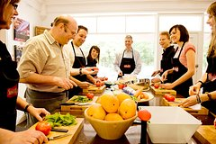 Private Walking Tour in Milan & Cooking Class in a small group