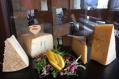 Cheese & Ham lovers' full day tour - Lake Como