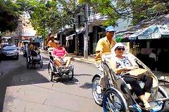 Nha Trang Night Tour by Pedicab Rickshaw & Galina Dream Show
