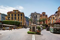 Sorrento and Pompeii ruins private day tour