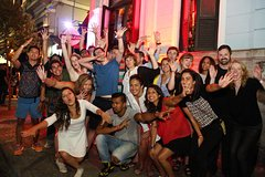 Imagen Skip the Line: Lapa Pub Crawl and Caipirinha Making Class