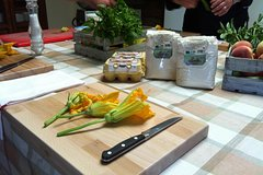 Tuscan Cooking Class with Lunch in Chianti hills