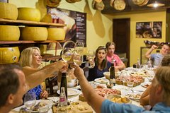Small-Group Evening Food Stroll - A Trendy and Tasty Roman Walk