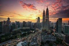 Imagen Private Kuala Lumpur City Tour & Batu Caves with KL City Gallery Ticket