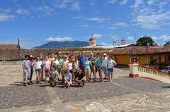 Imagen Recorrido por la ciudad colonial de Granada y el volcán Masaya