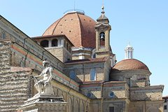 Florence Medici Mile Walking Tour along the path of Medici family Residence
