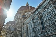 Private All-inclusive Heart of Florence Walking Tour with Accademia and Uff