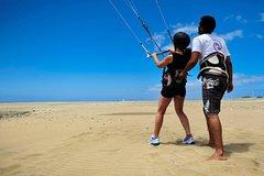 Playa del Ingles Gran Canaria Kite Surf Beginners Land Course in Gran Canaria 24311P6
