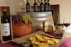 Dinner and Wine Tasting in Original Tuscan Farmhouse