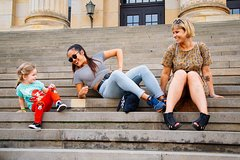 Imagen Your Fun Family Intro to Berlin Private Tour