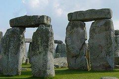 Ver la ciudad,City tours,Salir de la ciudad,Excursions,Tours temáticos,Theme tours,Tours históricos y culturales,Historical & Cultural tours,Excursiones de un día,Full-day excursions,Sólo Stonehenge,Excursión a Stonehenge,Stonhenge and Bath