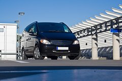 City tours,Transfer and services,Airports & stations transfers,