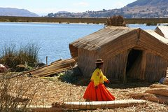 Imagen Uros Floating Islands Half Day Tour from Puno