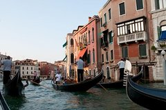 Venice Walking Tour and Gondola Ride
