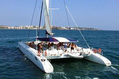 Imagen Valencia Sailing Trip with Historical Tour and Paella Dinner