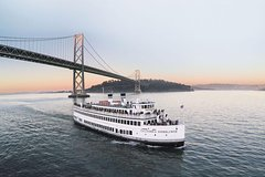 Silver Bells Holiday Dinner Cruise in San Francisco