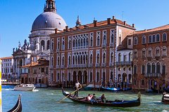 Venice Combination Gondola and Walking Tour