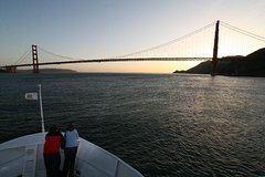 Straight to the Gate Access: San Francisco Bay Twilight and Sunset Cruise