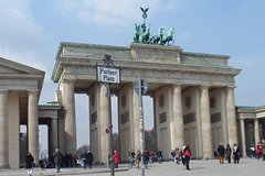 Imagen Half-Day Guided Bike Tour of Central Berlin's Highlights