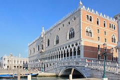 Venice Super Saver: Skip-the-Line Doge's Palace and St Mark's Basilica Tours plus Venice Walking Tour