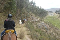 Imagen Half Day Horseback Riding Tour to Inca Ruins from Cusco