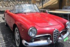 Vintage Alfa Romeo Giulietta sight seeing Day on the amalfi coast