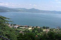 Civitavecchia Shore Escursion: Roman Castles tour with a driver guide