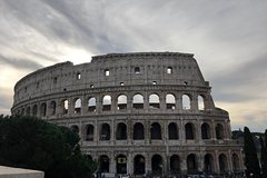 Skip the Line: Colosseum & Ancient Rome Private & Family Tour (no more than 8 people)