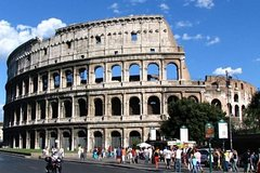 Skip the Line: Colosseum & Ancient Rome Private walking tour with a Licensed Tour Guide