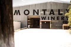 Imagen Montalto Vineyard: Behind-the-Scenes Winery Tour with Gourmet Lunch