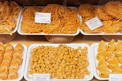Private Tour: Gourmet Walking Tour of Bologna - Pasta, Mortadella and Chocolate