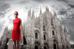 Personal Styling Experience: Milan Private Shopping Tour with your own Styl