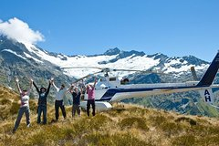 Imagen 1-Hour Mount Aspiring and Glaciers Helicopter Tour from Wanaka