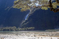 Imagen 3-Hour Mighty Milford Sound Scenic Flight from Wanaka