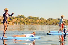 Imagen Stand-Up Paddleboarding Lesson plus Guided Paddle on Perth's Swan River
