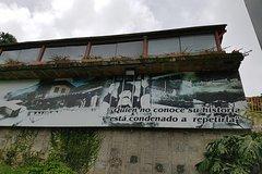 Imagen Pablo Escobar Private Group Tour Including La Catedral Jail in Medellin