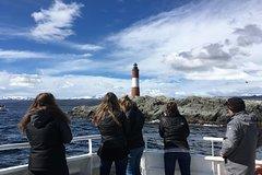 Imagen Excursión de un día completo: Parque Nacional, además del Tren del Fin del Mundo y navegación por el canal Beagle