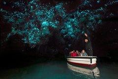 Imagen Waitomo Glow Worm Caves & Hobbiton Movie Set - Return Trip From Auckland