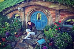 Imagen The Hobbiton Movie Set Small-Group Guided Tour from Auckland