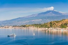 From Volcano to the Sea: Private Tour of Etna and Taormina Boat Tour with Dinner