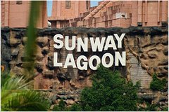 Imagen Sunway Lagoon Admission with Round-Trip Private Transfer